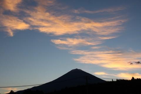 世界遺産登録の朝の富士山 ー おひさまハウスひまわりより