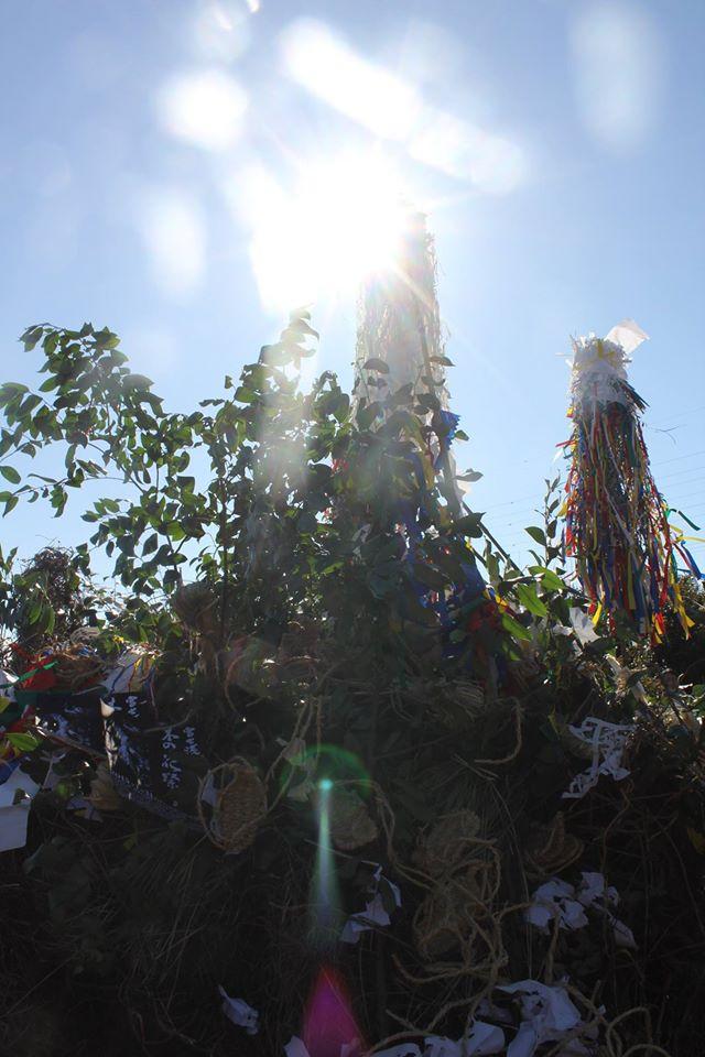 立春正月前日、祭りに使った道具を燃やして天に返す「火の御用」にて